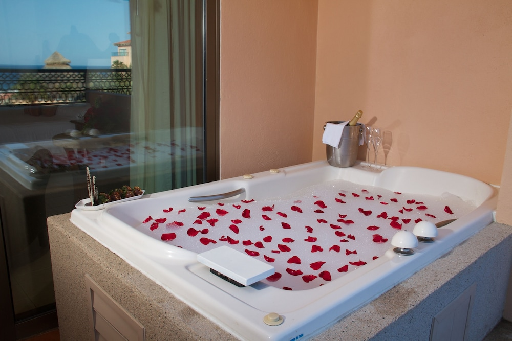 Jetted Tub, Royal Solaris Los Cabos & Spa - All Inclusive