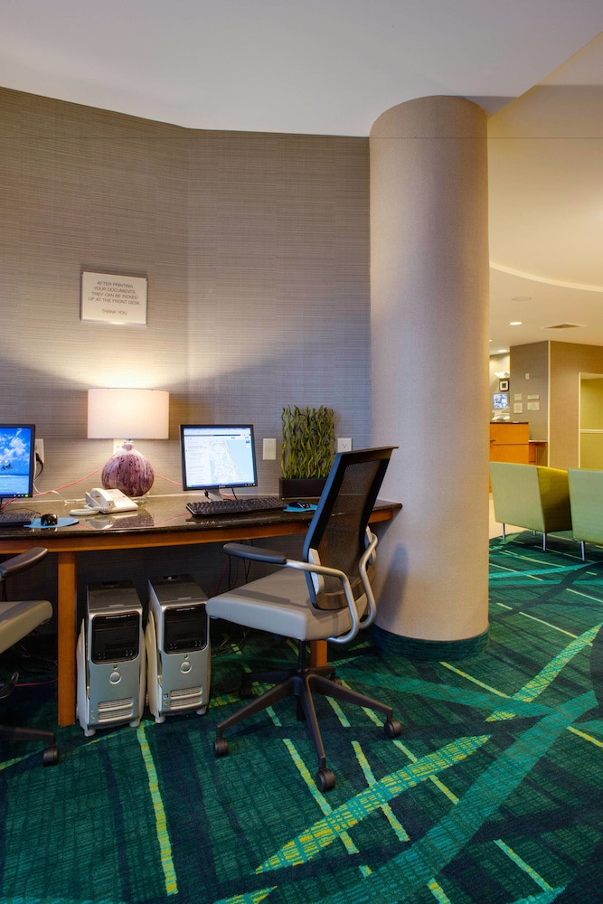 Business Center, SpringHill Suites by Marriott Savannah I-95