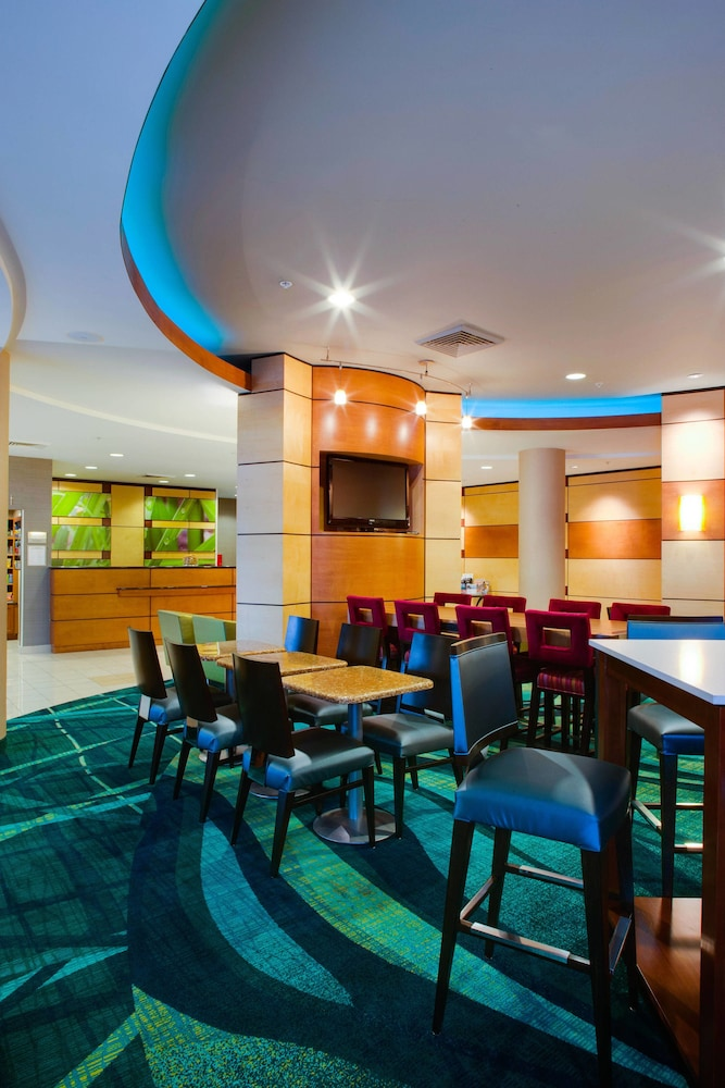 Restaurant, SpringHill Suites by Marriott Savannah I-95