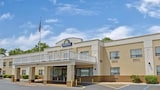 Days Inn Newburgh Stewart International - New Windsor Hotels