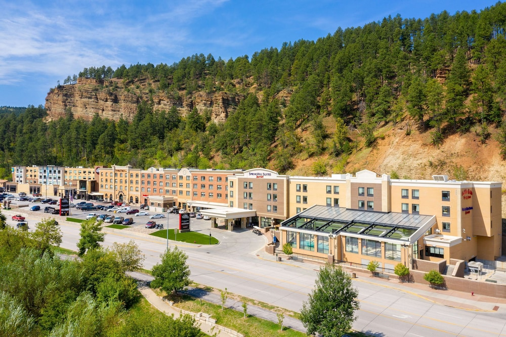 Exterior, DoubleTree by Hilton Deadwood at Cadillac Jack's