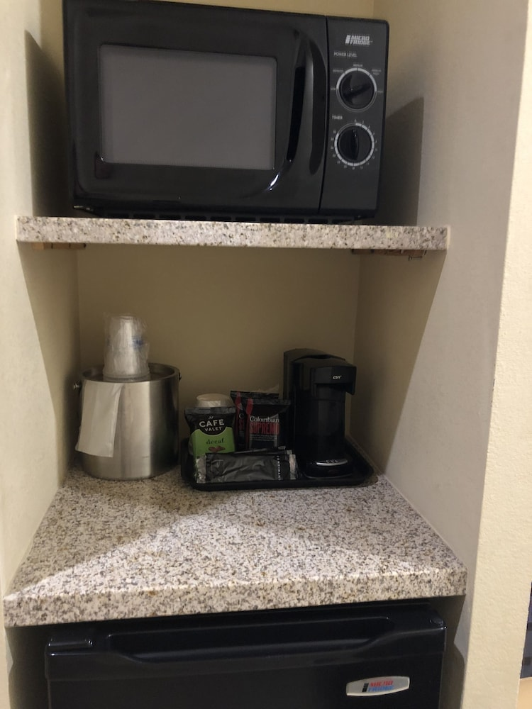 Coffee and/or Coffee Maker, Best Western Plus Hill Country Suites