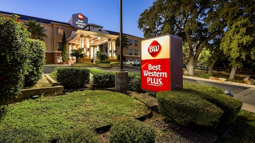 Great Place to stay Best Western Plus Hill Country Suites near San Antonio