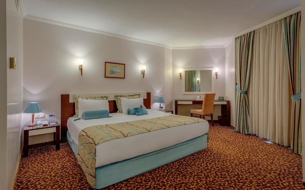 Room, Best Western Plus Khan Hotel