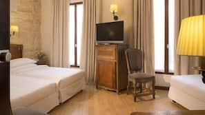 Frigobar, cofres nos quartos, Wi-Fi de cortesia, despertadores