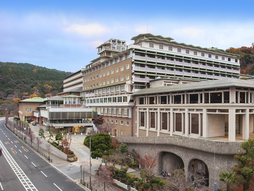 The westin miyako kyoto 2017 room prices deals reviews for Hotels kyoto