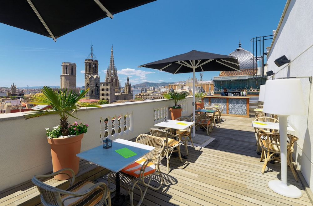 H10 montcada boutique hotel in barcelona hotel rates for Boutique hotel barcelone