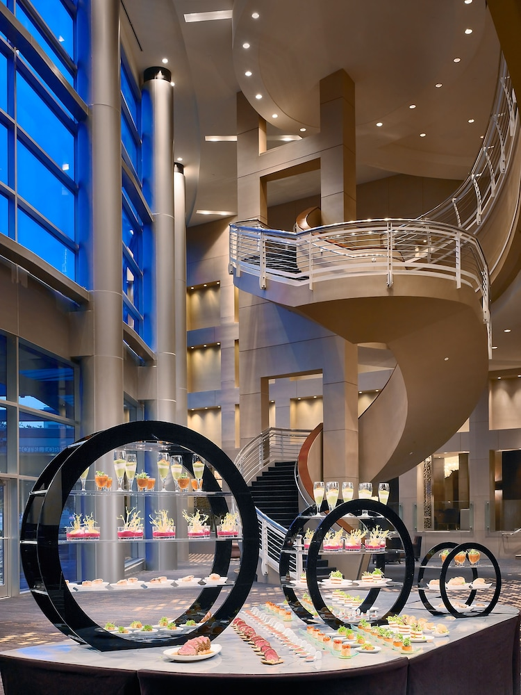 Staircase, Royal Sonesta Houston Galleria