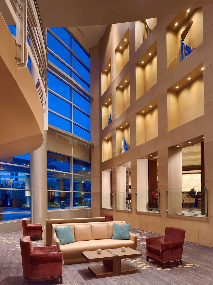 Lobby Sitting Area, Royal Sonesta Houston Galleria