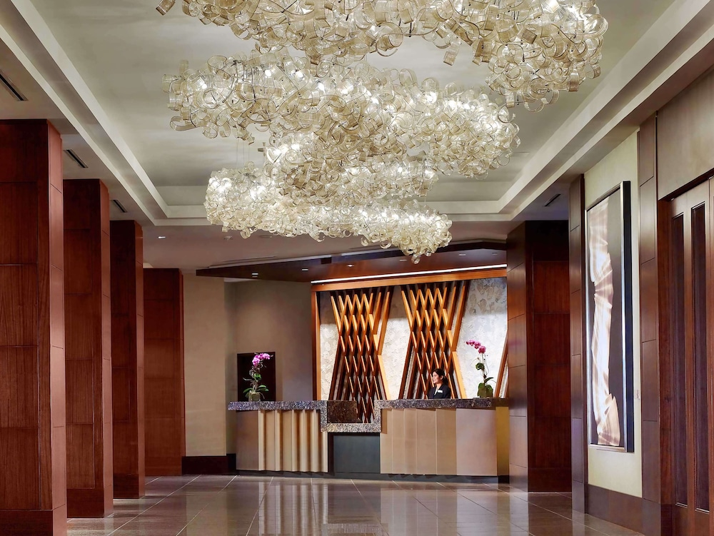 Lobby, Royal Sonesta Houston Galleria