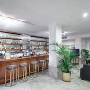 Bar-salon de l'hôtel