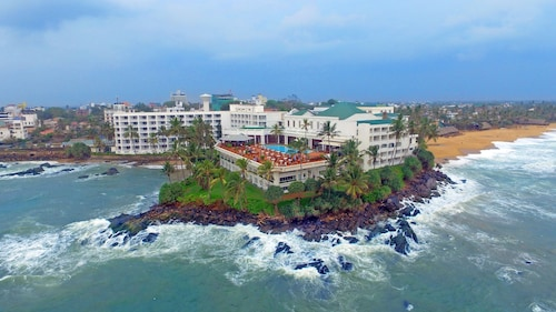 Mount Lavinia Accommodation with Spa: AU$88 Spa and Resorts | Wotif