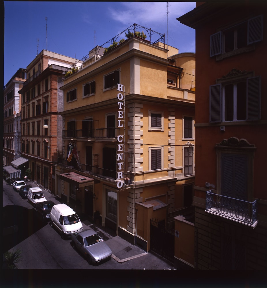 Hotel centro deals reviews rome ita wotif for Hotel roma centro economici
