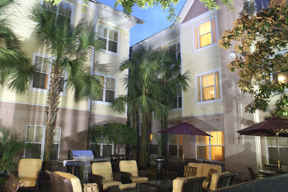Courtyard, Residence Inn by Marriott Charleston Mount Pleasant