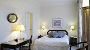 Ropa de cama hipoalergénica, caja fuerte, sistema de insonorización