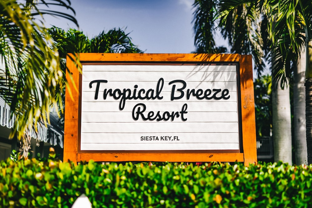 Property Grounds, Tropical Breeze Resort