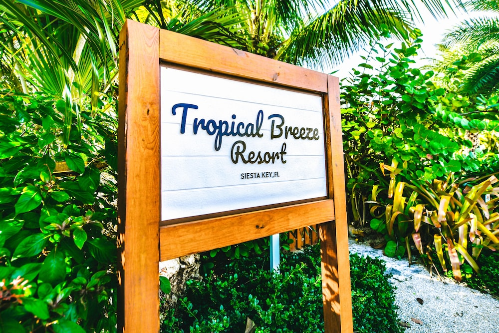 Property Entrance, Tropical Breeze Resort