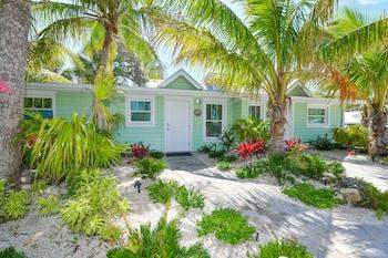 Tropical Breeze Resort Deals Sarasota Hotel Deals