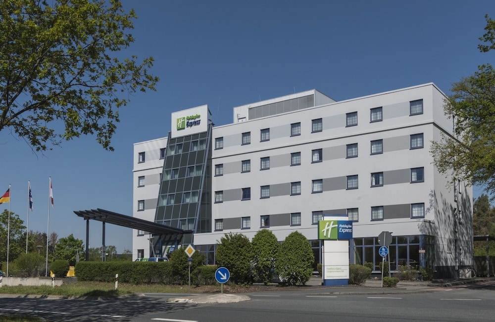 Exterior, Holiday Inn Express Frankfurt Airport