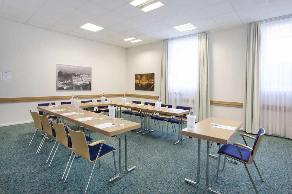 Meeting Facility, Holiday Inn Express Frankfurt Airport