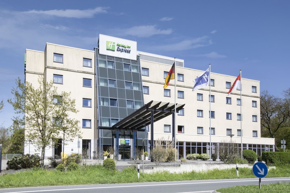 Featured Image, Holiday Inn Express Frankfurt Airport