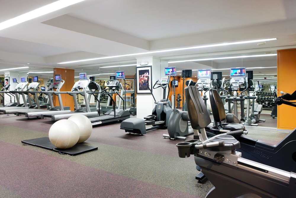 Fitness Facility, Philadelphia Center City Residence Inn by Marriott