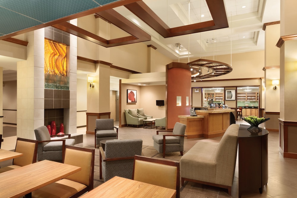 Lobby Sitting Area, Hyatt Place Raleigh-Durham Airport