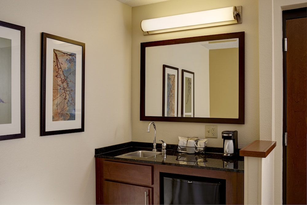 Room, Hyatt Place Raleigh-Durham Airport