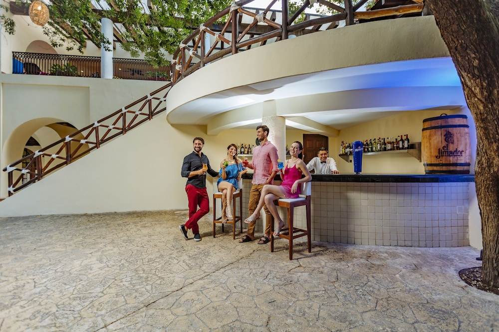 Snack Bar, Occidental at Xcaret Destination - All Inclusive