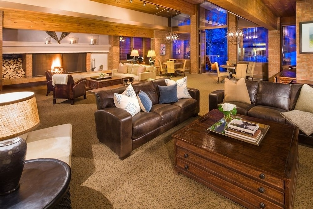 Snowmass Aspen Hotel Chalet Rooms