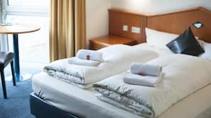 Zimmersafe, schallisolierte Zimmer, kostenloses WLAN, Bettwäsche
