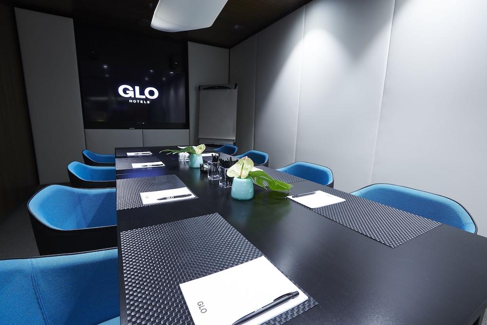 Glo Hotel Helsinki Airport Deals Reviews Helsinki And