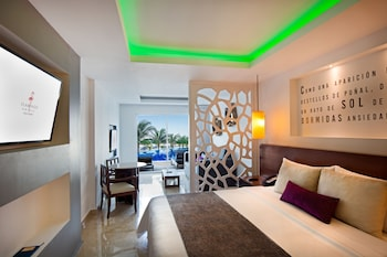 Swim-up Junior Suite - Guestroom