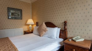In-room safe, iron/ironing board, WiFi, bed sheets