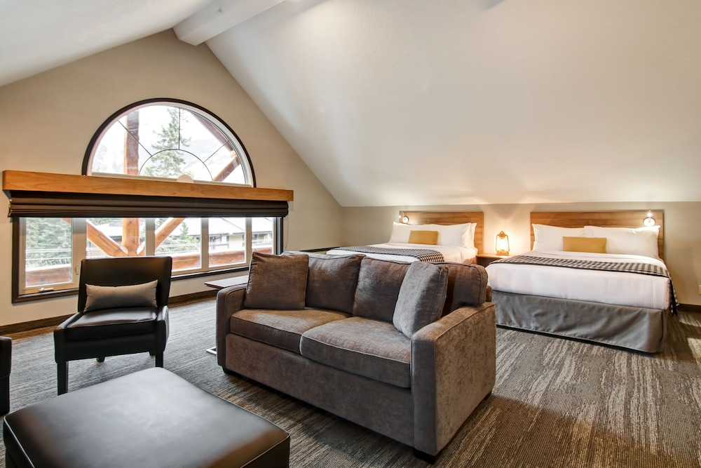 Room, Canalta Lodge