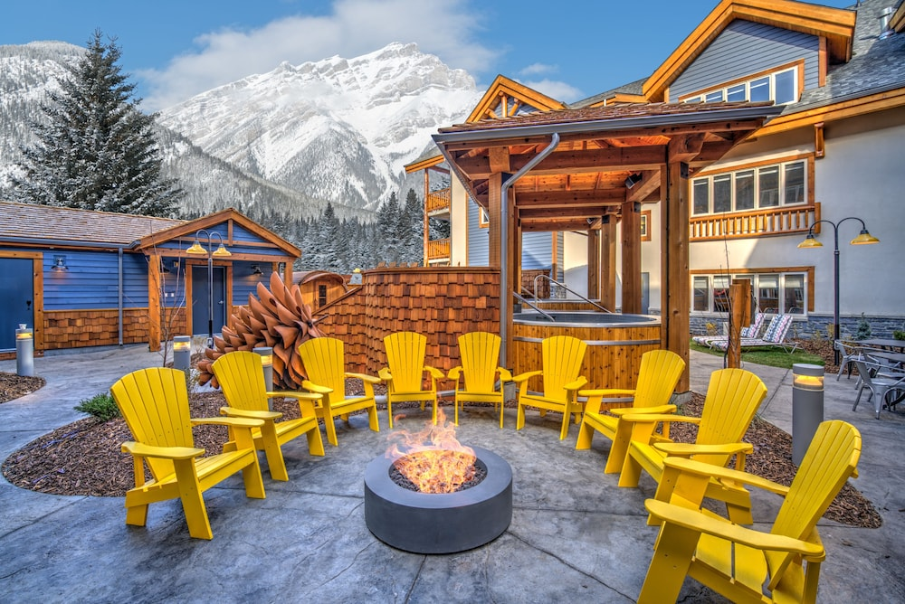 Featured Image, Canalta Lodge