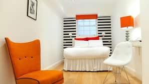 防敏寢具、保險箱、設計每間自成一格、家具佈置各有特色
