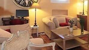 Télévision de 50 cm avec chaînes par câble