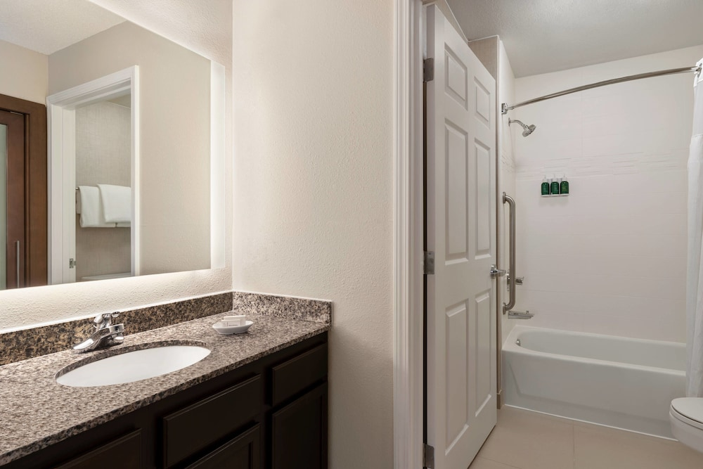 Bathroom, Residence Inn by Marriott Deptford