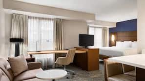 Premium bedding, iron/ironing board, free WiFi, alarm clocks