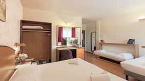 Frette Italian sheets, premium bedding, down duvet, in-room safe