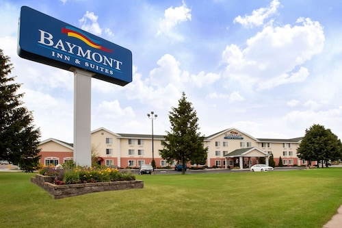 Baymont by Wyndham Mackinaw City
