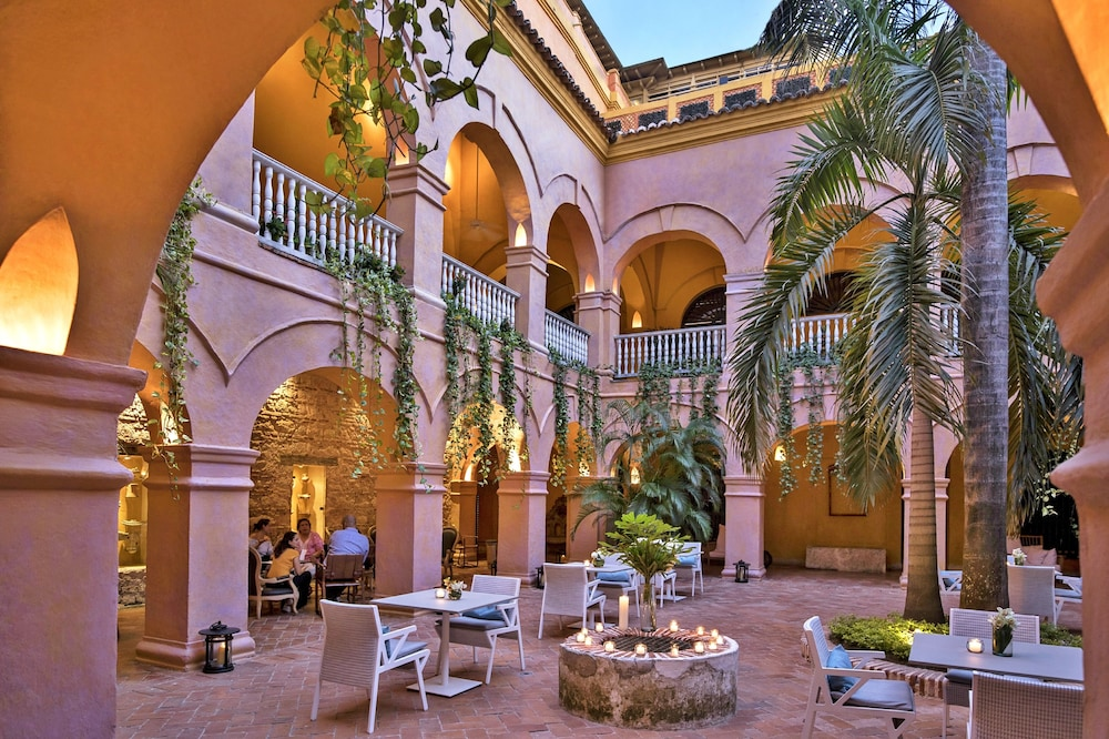 Courtyard, Charleston Santa Teresa Cartagena