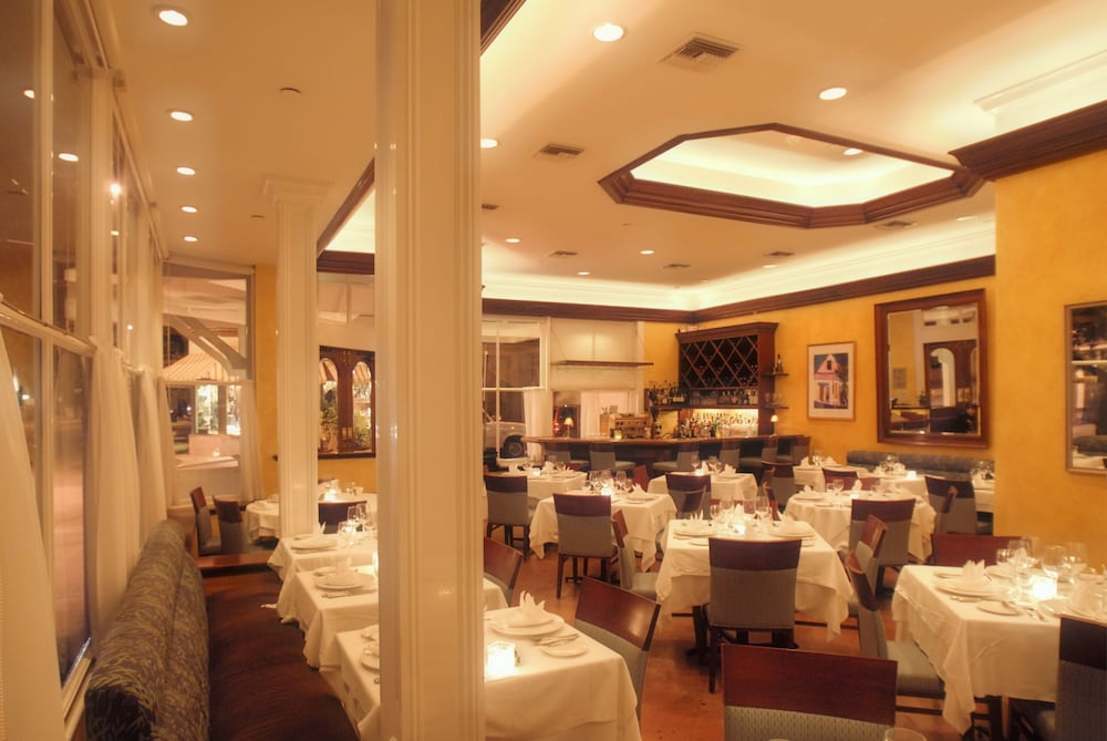 Restaurant, The Marquesa Hotel