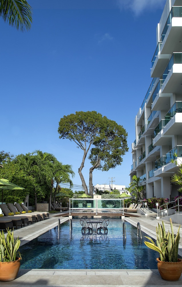 Outdoor Pool, South Beach Hotel by Ocean Hotels