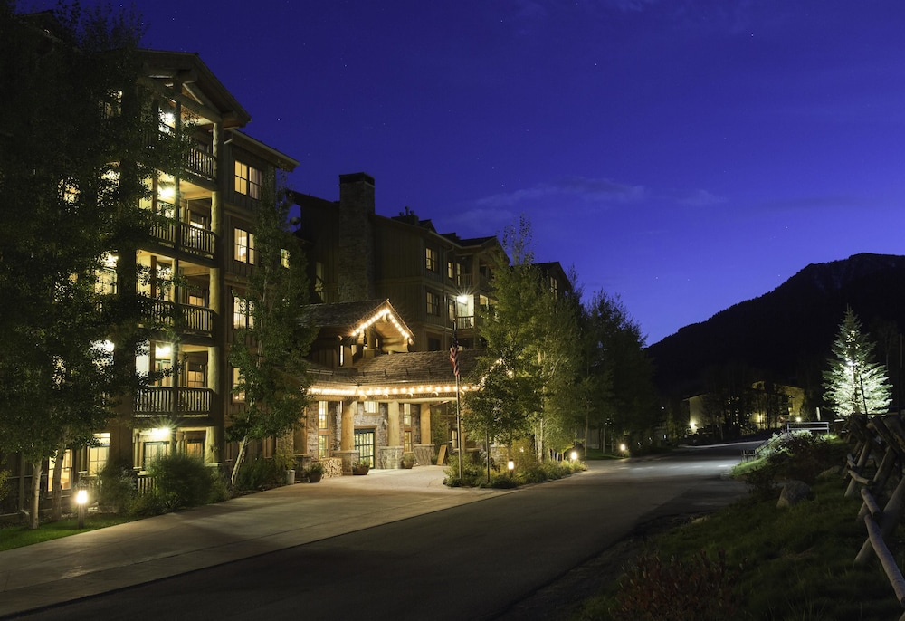 Exterior, Teton Mountain Lodge and Spa - A Noble House Resort