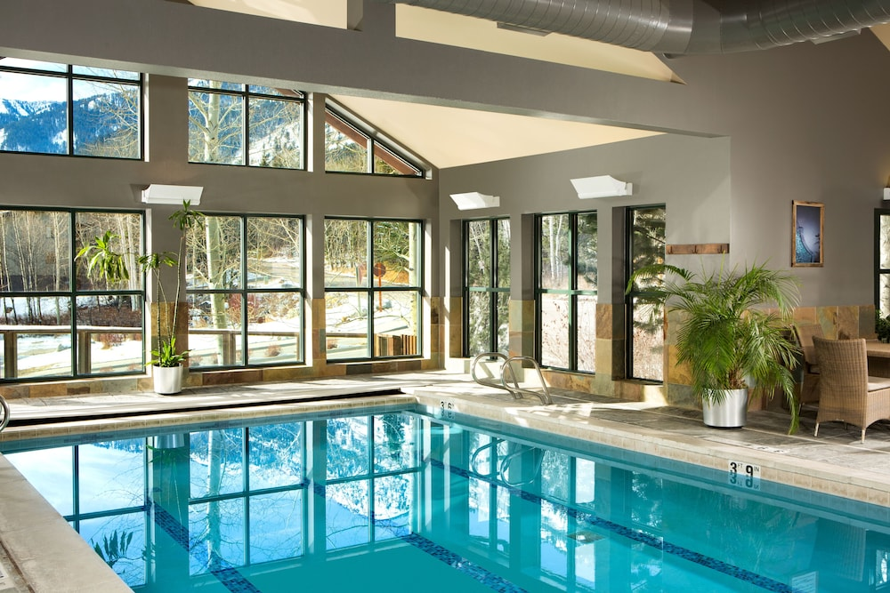 Indoor Pool, Teton Mountain Lodge and Spa - A Noble House Resort