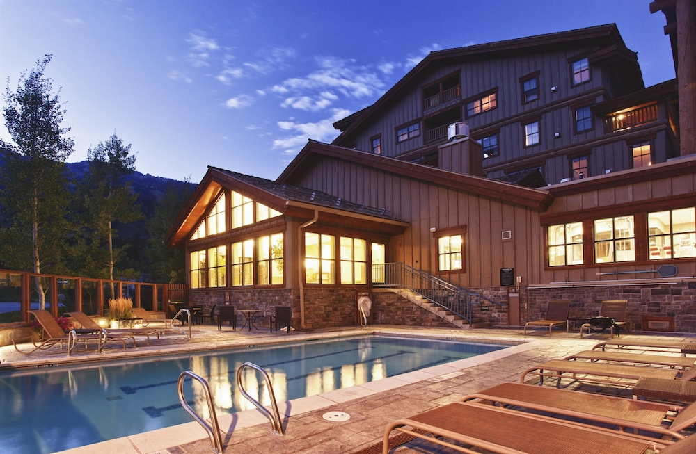 Featured Image, Teton Mountain Lodge and Spa - A Noble House Resort