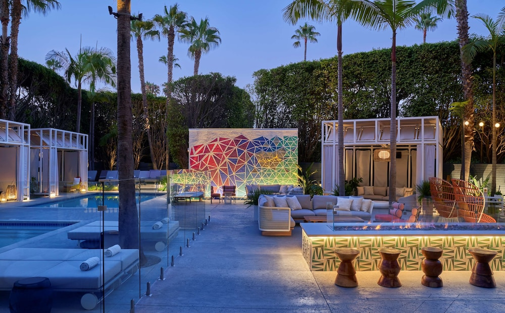 Outdoor Pool, Viceroy Santa Monica
