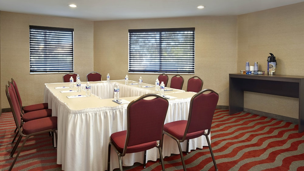 Meeting Facility, Holiday Inn Express Hotel & Suites Naples Downtown - 5th Ave, an IHG Hotel